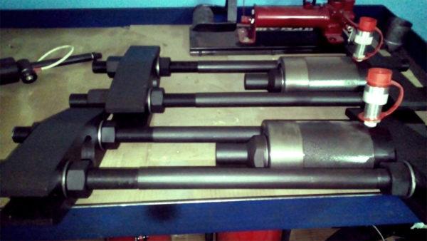 Выпрессовщик шкворней гидравлический (ВШ0758)